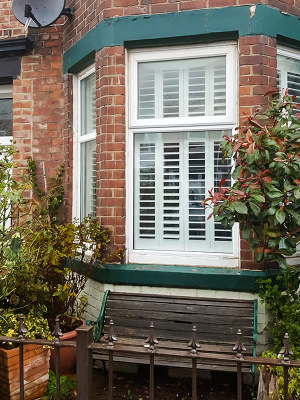 tier-on-tier-south-shields_bay-window-outside-after2